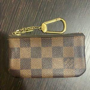 Louis Vuitton Key Pouch Damier